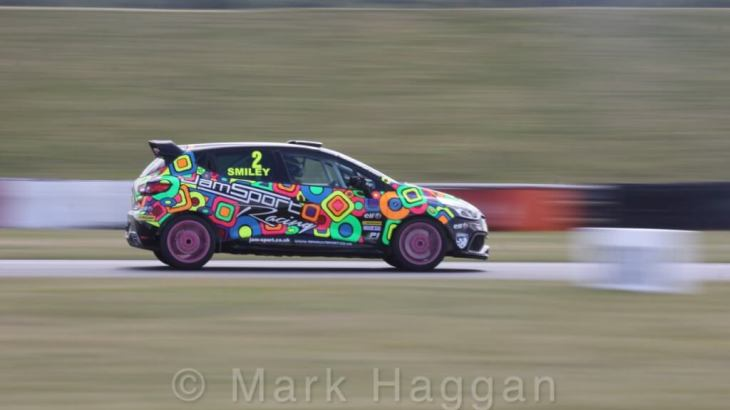 Chris Smiley in the 2016 Clio Cup at Snetterton