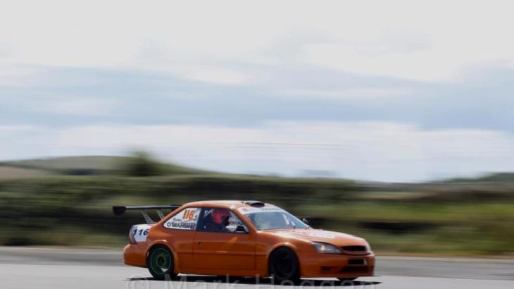 Libre Saloons at Kirkistown, June 2017