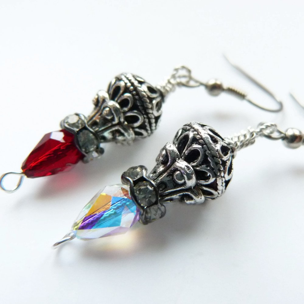 Lamplit Eve Dangle Earrings