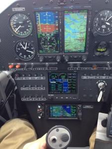 Extra 330LT instrument panel