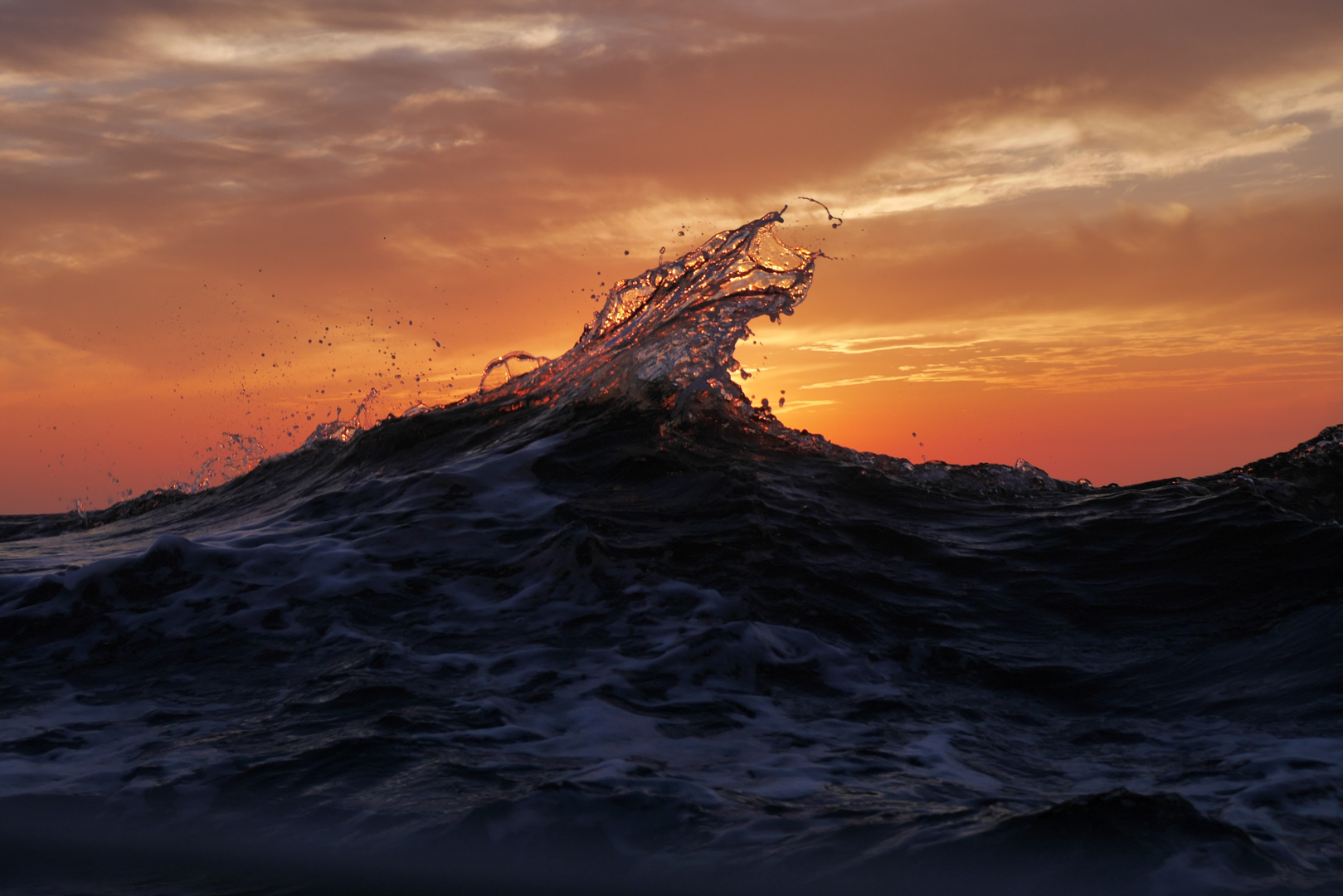 ITALY, Rome – A wave during sunset. © Marko Kecman