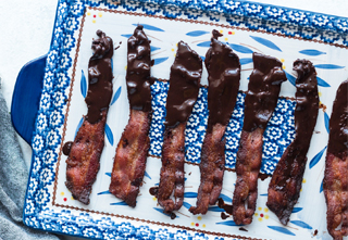 2 ingredient keto snack chocolate bacon
