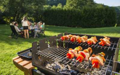 Which Grill Should You Buy, Charcoal Or Gas?