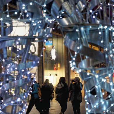 Christmas Shopping 4
