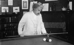 Mark Twain's Personal Style Subject of Lecture by Martin Zehr