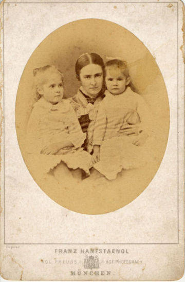 Portrait of Samuel Clemens' wife and two daughters, left to right, Susy, Olivia and Clara.