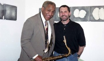 Von Freeman & Tom Guralnick -- December 13, 1996 -- Vonksi had just played at Tom's club The Outpost Performance Space in Albuquerque -- photo by Mark Weber