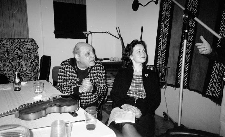 Susanna von Canon (road manager) and Misha Menglelberg backstage -- October 25, 2004 -- photo by Mark Weber