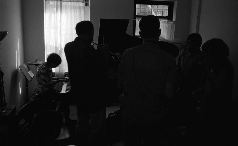 Virg Dzurinko, piano; Daniel Carter, trumpet; Daro Behroozi, tenor; Lorenzo Sanguedolce, tenor; Eva  Lindal, violin -- August 20, 2o14 -- photo by Mark Weber -- Daro is a jazz deejay on WKCR