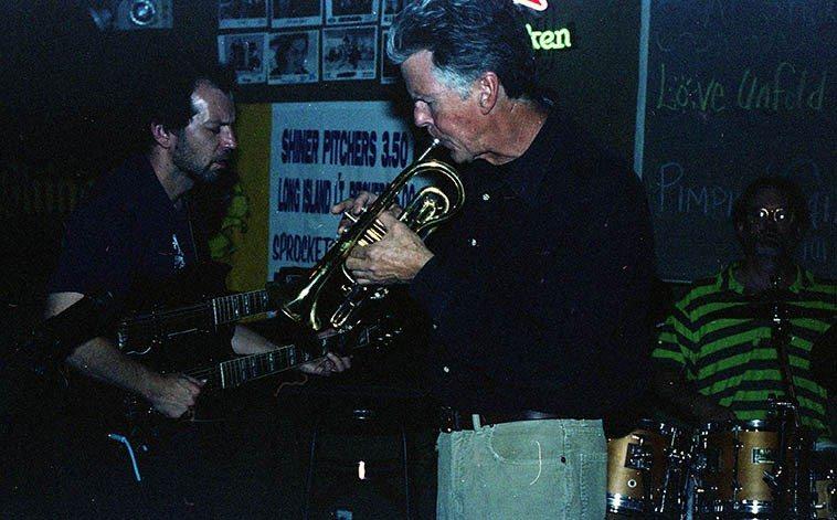Jon as sideman with Stefan Dill's band Love Unfold The Sun -- June 9, 2000 @ Sprockets, Central Avenue (Rt.66), Albuquerque -- Stefan, guitar; Dave Wayne, drums; Jonathan Baldwin, cornet; (Zimbabwe Nkenya, bass) ----------photo by Mark Weber