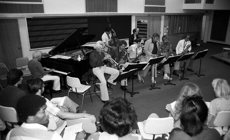 SUPERSAX recital for music students at Cal Poly, Pomona -- June 6, 1980 ---- At one time I had a dream that Charles McPherson would be featured with this group (never happened) ---- How cool would that be, whew ---- Lou Levy(piano), Conte Candoli(trumpet) Frank DeLaRosa(bass), John Dentz(drums), saxophones Left to Right: Jay Migliori, Ray Reed, Med Flory, Lanny Morgan, Jack Nimitz ---- photo by Mark Weber