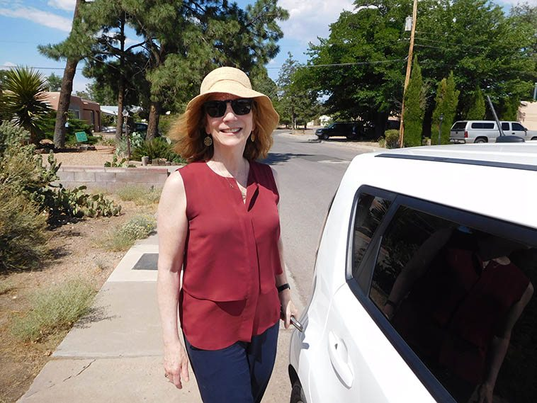 Andrea Wolper in Albuquerque of all places at Studio 725 -- July 4, 2o17 -- Her & Ken in state for a little tour of gigs around and about -- photo by Mark Weber ---- I told Andrea: I got to get a shot of that hat (she's nearly delusional in her love of New Mexico)