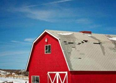 Red Barn in Southwest Colorado   MarlaMeridith.com