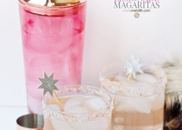 These Sparkling Lemonade Champagne Margaritas are the most festive way to ring in the New Year! MarlaMeridith.com