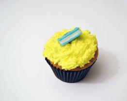 Lemon cupcake with Sugar craft book