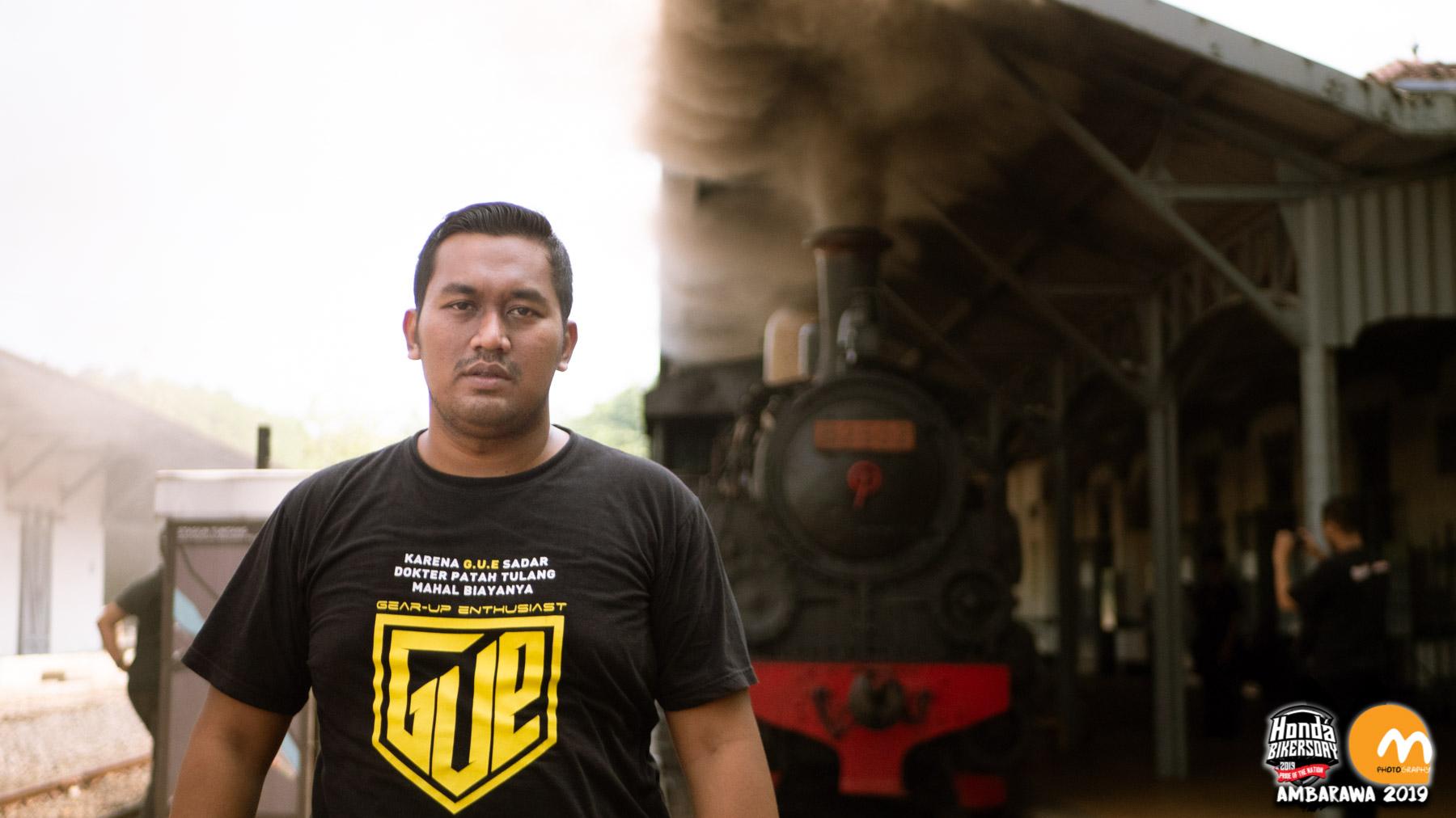 Naik kereta uap peninggalan Belanda di Ambarawa