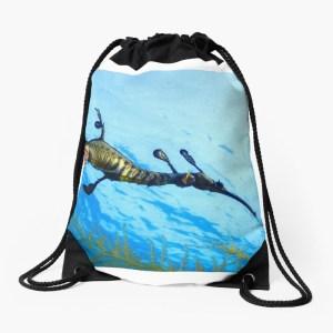Drawsting beach bag weedy seadragon print