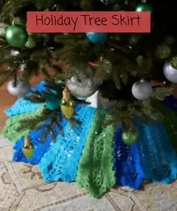 Free Crochet Christmas Tree Skirt Pattern-Holiday Tree Skirt