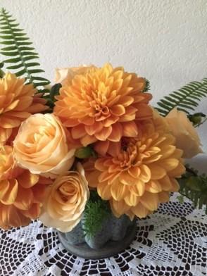 orange-roses-and-dahlias