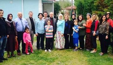 Erenler'in Ak Kadınları Bilgehan Doğru ile ev ev dolaşıyor