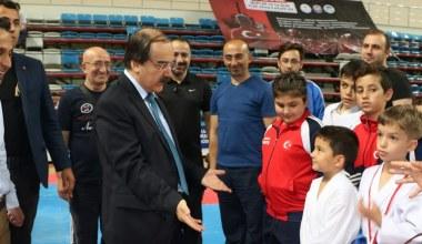 Karateciler Sakarya'da COŞ'tu