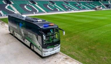 Kocaeli Büyükşehir'den Kocaelispor'a yeni takım otobüsü