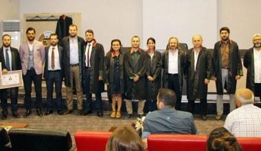 Zafer Kazan ruhsat alan genç avukatlara seslendi