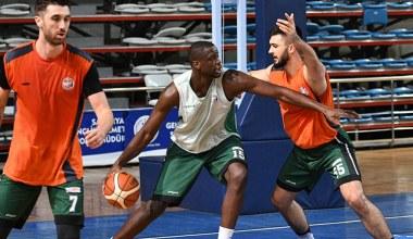 Sakarya Büyükşehir Basket Trabzonspor maçına hazır
