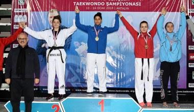Kocaelili Tekvandolcular Türkiye Şampiyonası'nda kürsüye çıktı