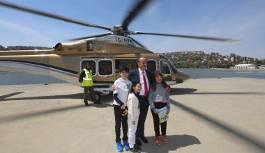 23 Nisan coşkusunu helikopter gezisiyle yaşadılar