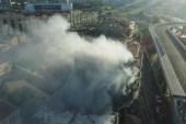 Fikirtepe'de üç binaya sirayet eden yangında 1 ölü, yaralılar var