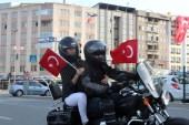 Motosiklet tutkunları 'demirden at'larını 19 Mayıs için sürdü