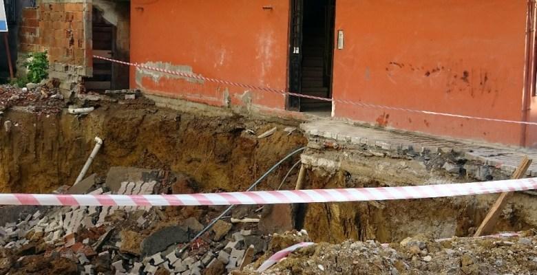 Sancaktepe'de inşaat çalışmasında çökme