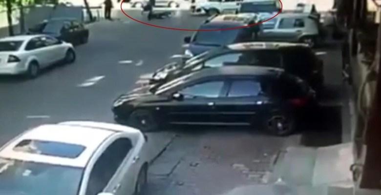 """(Özel) İstanbul'da """"yok artık"""" dedirten kaza"""
