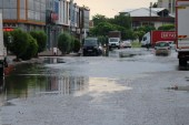 Sakarya'da yağmur hayatı olumsuz etkiledi
