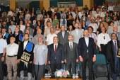 SAÜ'de 'Akademik yükselme ve bilim insanı ödülleri' töreni düzenlendi