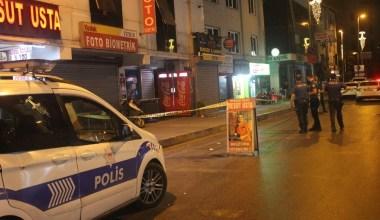Kimliği belirsiz kişilerce otomobilden açılan ateş sonucu 2 kişi yaralandı