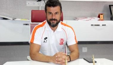 Balıkesirspor Teknik Direktörü Ali Tandoğan: