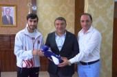 Başkan Şayir'den genç sporcuya teşekkür
