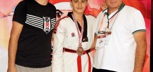Bursa'nın gururu Emek Spor oldu