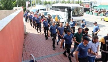 Kocaeli'de FETÖ operasyonu 8 tutuklama