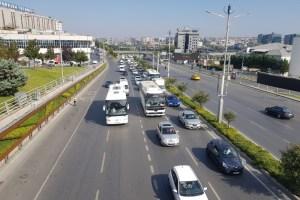 TEKNOFEST nedeniyle Atatürk Havalimanı çevresinde trafik yoğunluğu oluştu