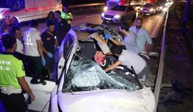 TEM'de makas atarken tıra çarpan otomobilin sürücüsü öldü
