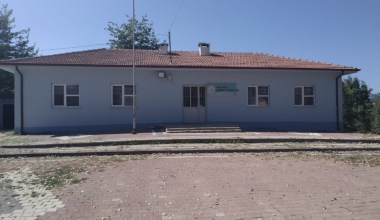 Deprem sonrası okul kapatıldı