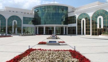 Serdivan Belediyesi'nden 'Ulusal Bayram Günleri Ruhsatı' uyarısı
