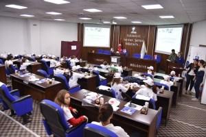 Çocuk meclisi toplandı