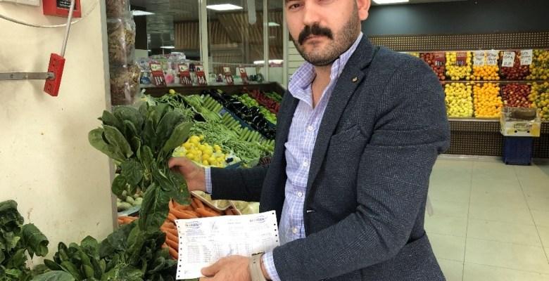 (Özel) Esenyurt'ta ıspanağın satın alındığı iddia edilen marketçi konuştu