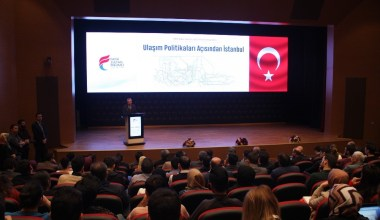 Ulaştırma ve Alt Yapı Bakanı Mehmet Cahit Turhan, Birinci Şehir ve Hukuk Konuşmaları Sempozyumuna katıldı