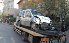 Dur ihtarına uymayan aracı kovalayan polis otosu kaza yaptı: 1 polis yaralı