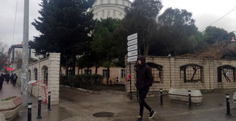 (Özel) Depremde minaresi yıkıldı, fırtınada kubbe kaplaması söküldü